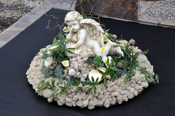 Wieniec z kwiatów sztucznych