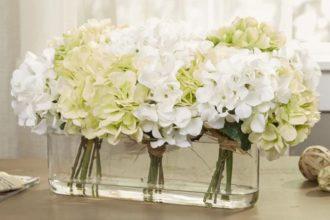 Aranżacja ze sztucznych kwiatów
